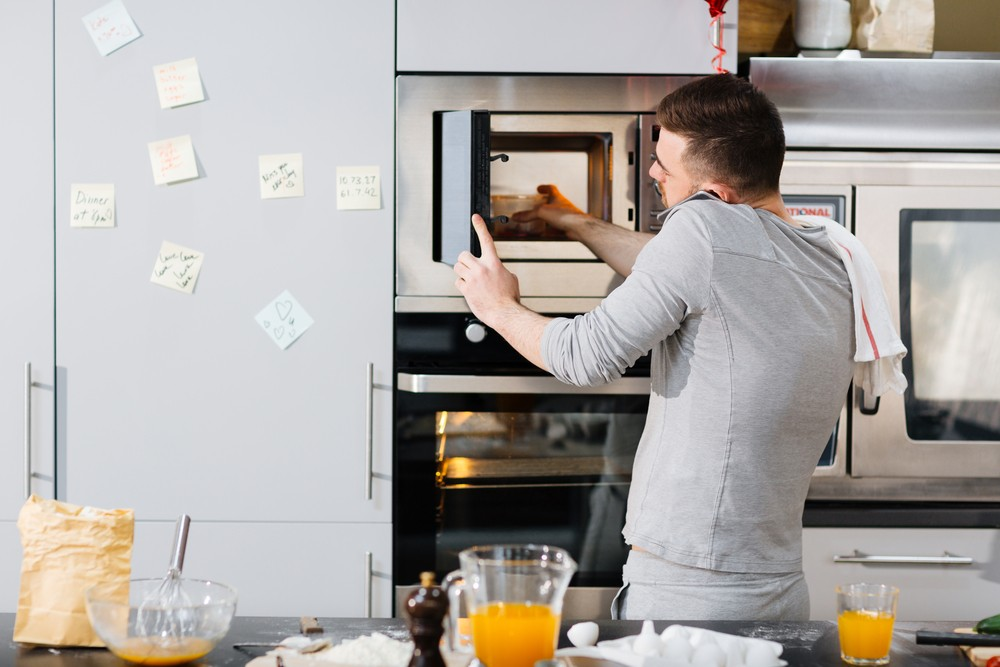 Sólo mikrovlnky jsou ideální pro ohřev hotových jídel