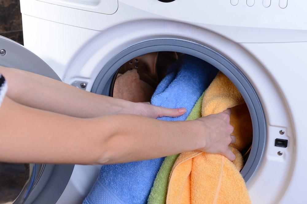 Zepředu plněná pračka