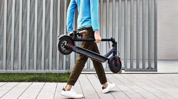 Zložená kolobežka Xiaomi Mi Electric Scooter 2