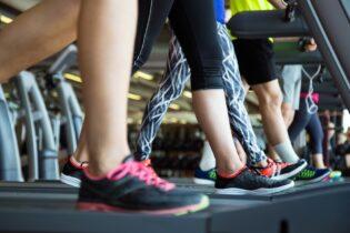 10 způsobů, jak spálit více kalorií na běžeckém pásu