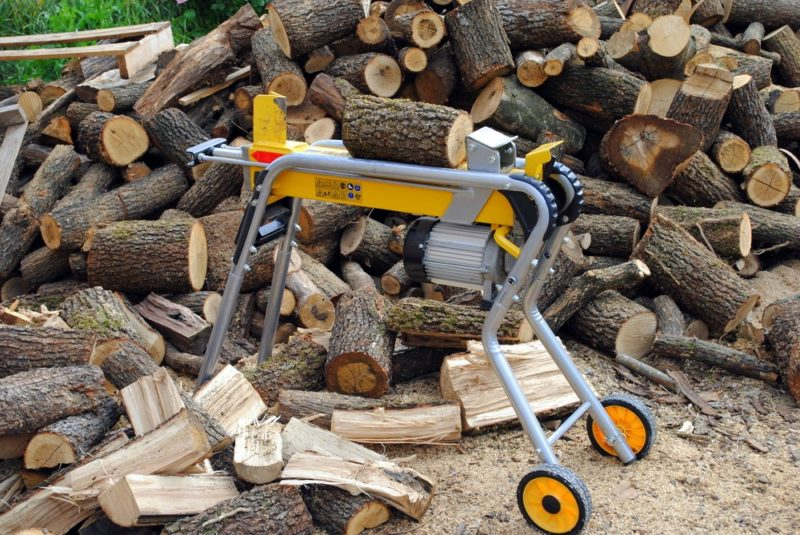 Palivové dřevo, štípačka na dřevo