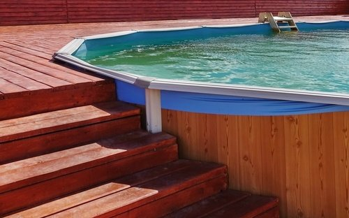 Částečně zapuštěný bazén dřevěný