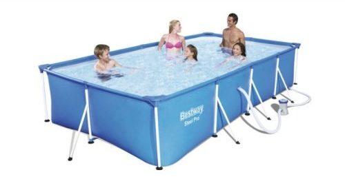 modrý obdélníkový bazén