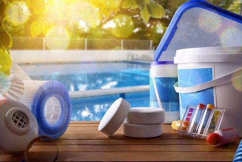 Příslušenství a chemie k bazénům