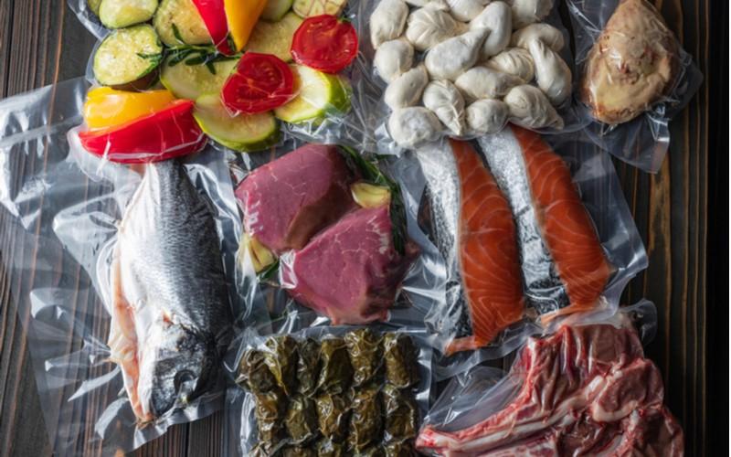 Vakuované potraviny, maso, zelenina