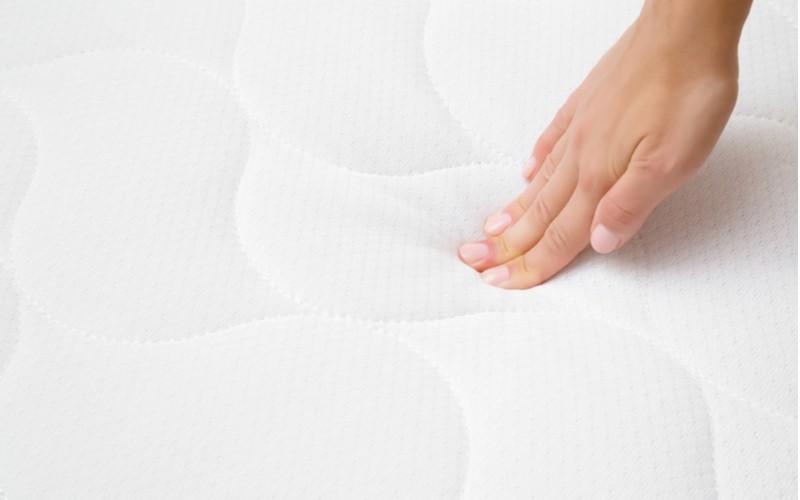 Zkoušení tvrdosti ortopedického matrace