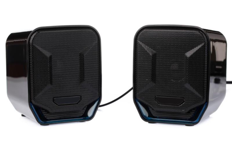 2 klasické černé stereo reproduktory