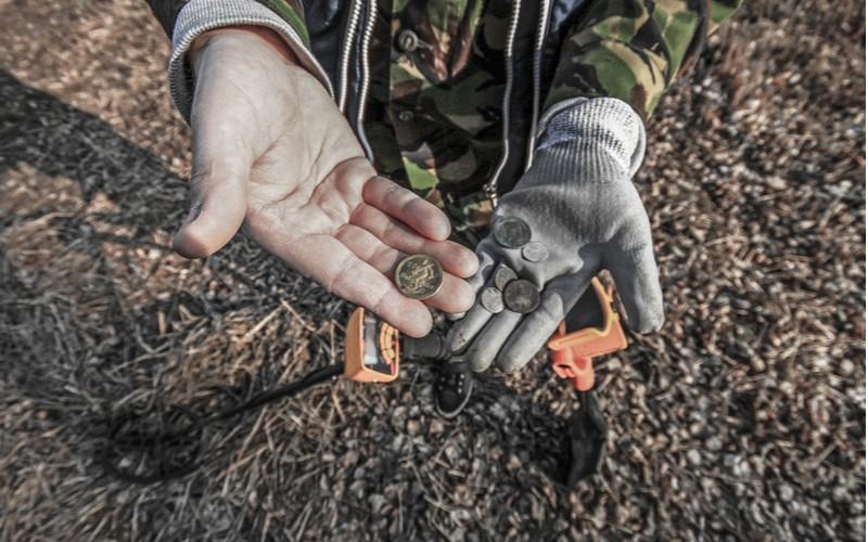mince nalezeny pomocí hobby detektoru kovů
