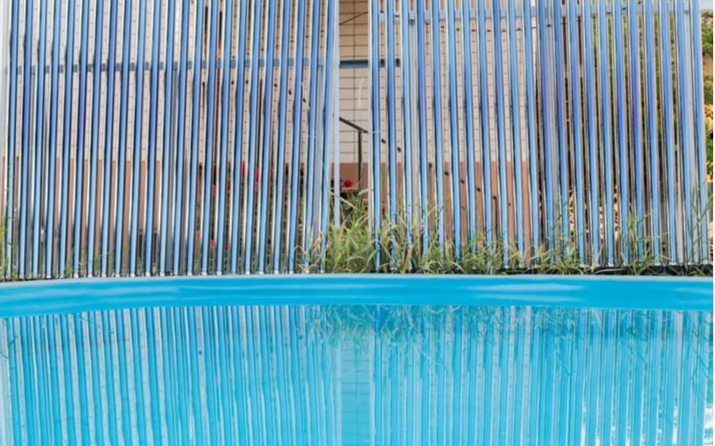 Ohřev vody v bazénu solárními kolektory