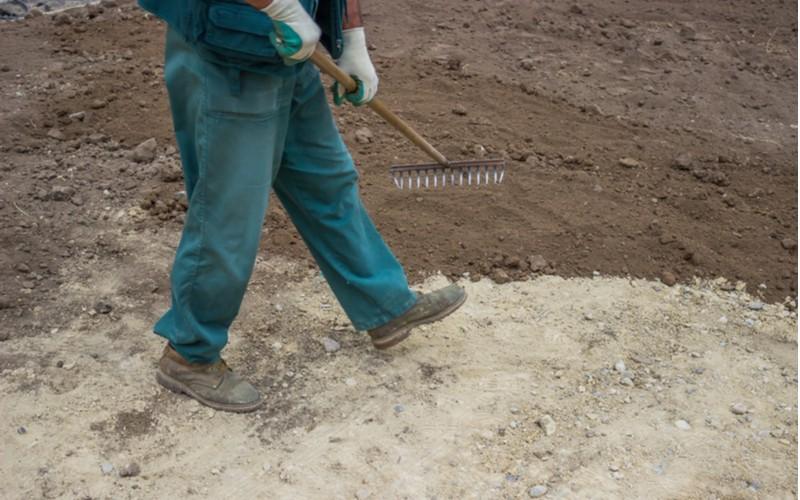 Trávníkový koberec - příprava půdy