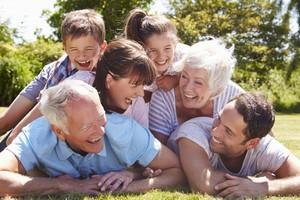 Dárky pro celou rodinu - rodiče s dětmi a starými rodiči