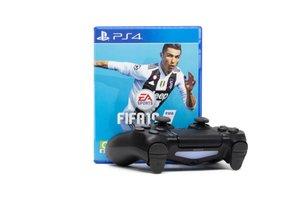 Hra na PS4 fifa