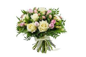 kytice různých květin