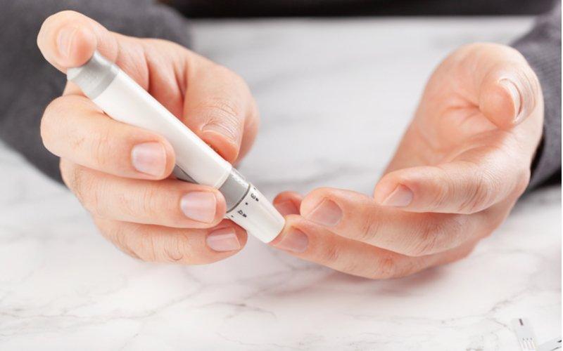 Odběrové pero na měření glukózy