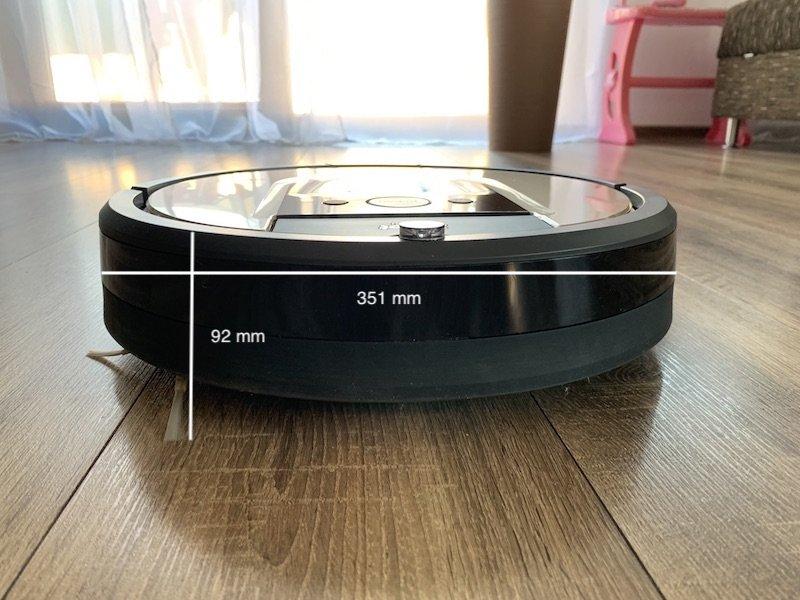 boční pohled na vysavač iRobot Roomba 976 s rozměry